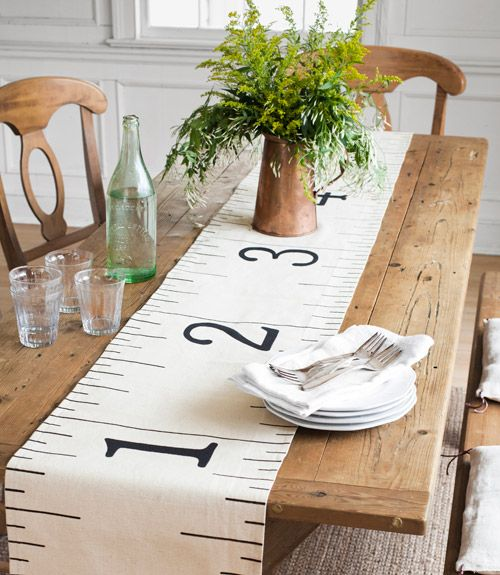 Table runner ruler