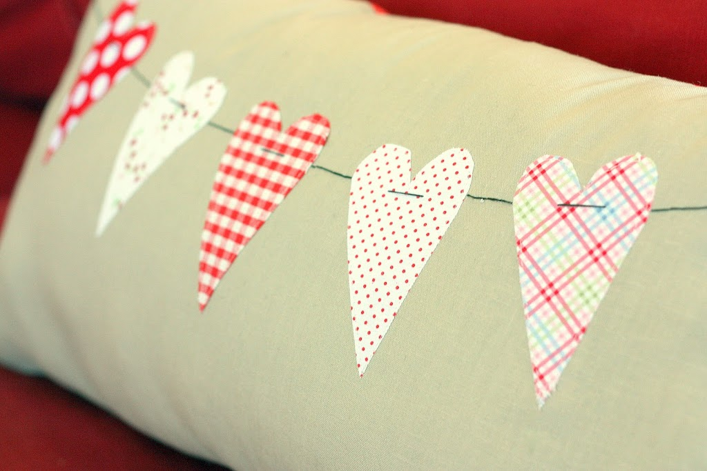 heart pillow tutorial - Valentine's Day scraps