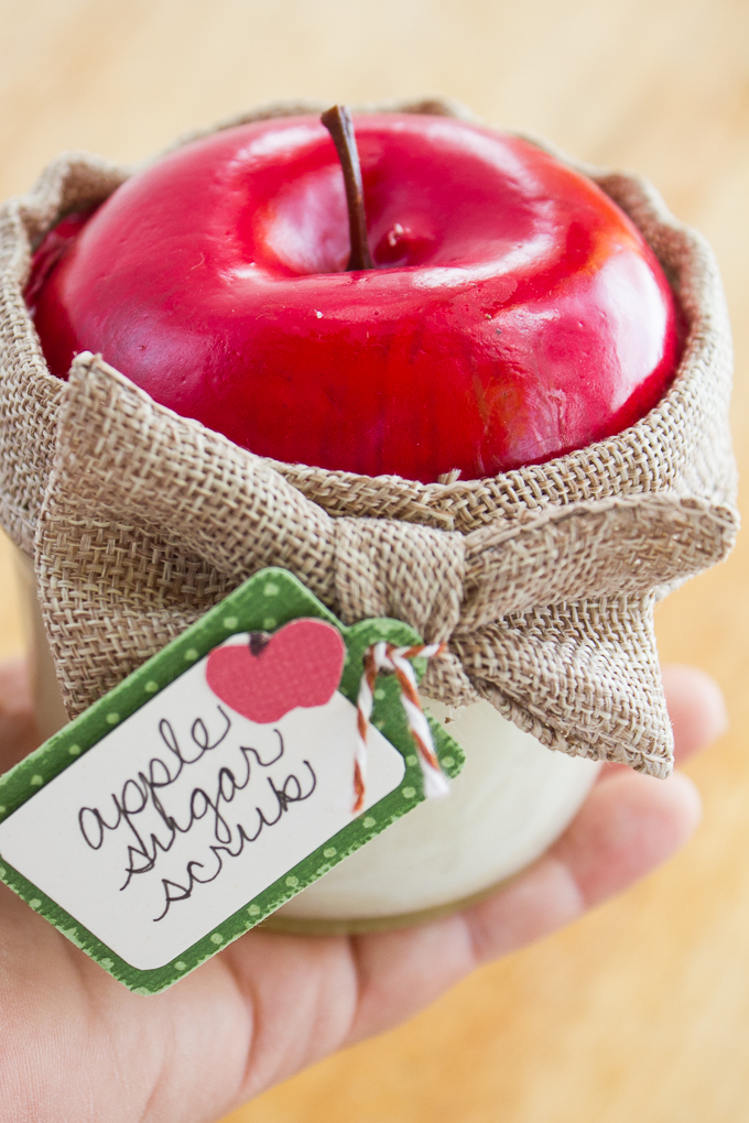 Apple-Sugar-Scrub-Gift