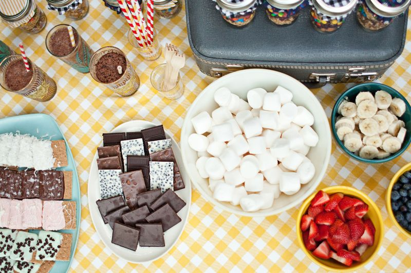 s'mores table station