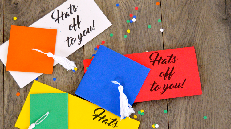 Free Printable Money Holder Graduation Card - holds cash or a check!