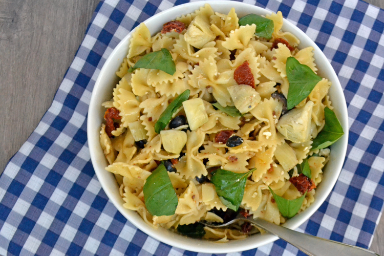 The BEST Pasta Salad for a Cookout